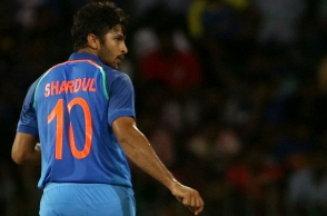 Twitter unhappy with debutant Shardul Thakur wearing Tendulkar's no 10 jersey