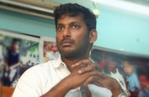 Vishal condemns BJP leader H Raja for watching 'Mersal' on pirated version