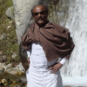 Rajinikanth's Trip to Himalayas - Latest Photos